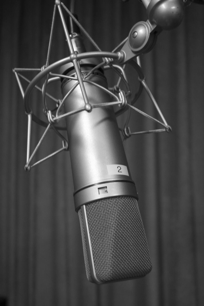 A New Way to Get Started in Voice Overs